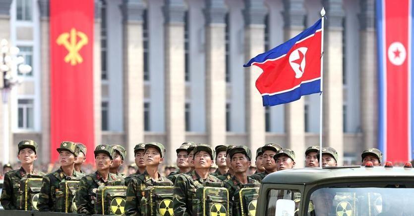 Parata a Pyongyang per il  60esimo anniversario dell'armistizio della guerra di Corea